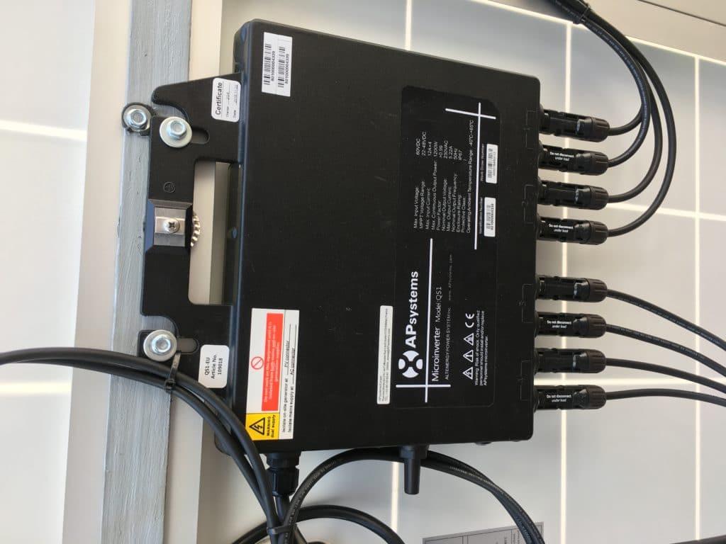micro onduleur QS1 AP SYSTEM 1200 watt nouveau au Maroc